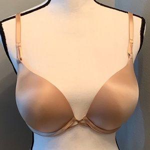 Victoria's Secret plunge bra